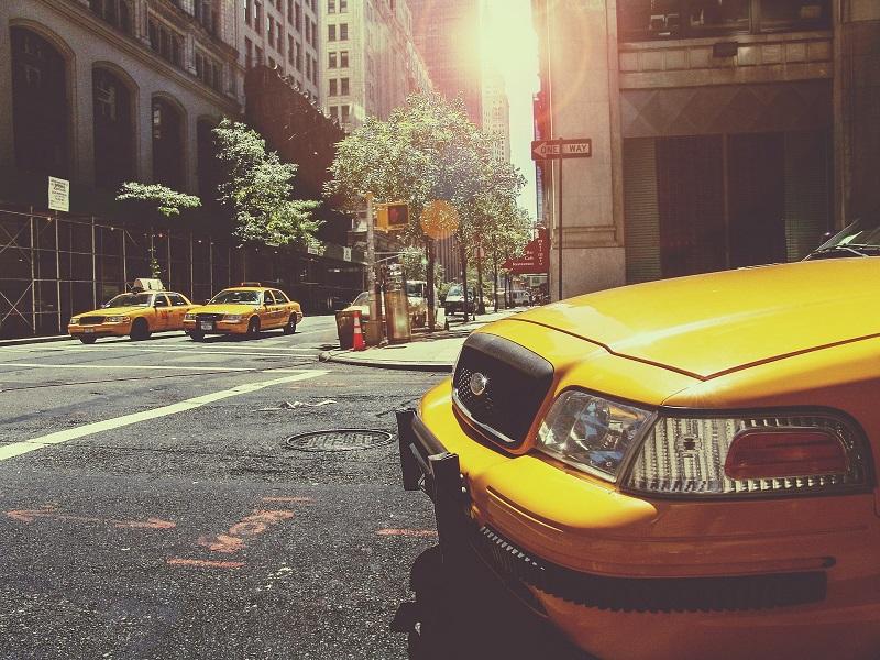 Comment puis-je devenir chauffeur de taxi?