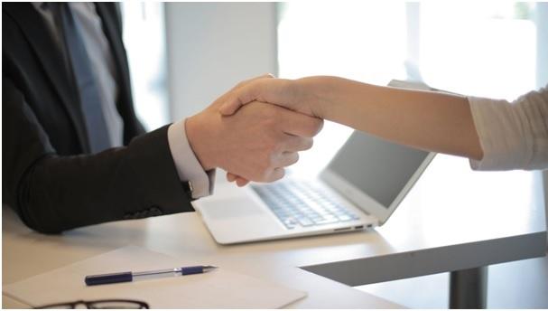 Découvrez les meilleurs outils en ligne pour faire un CV